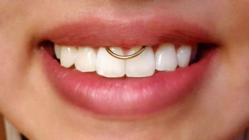 Ideias de piercing na boca