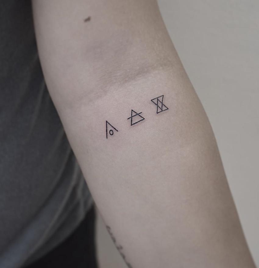 símbolo glifo no braço