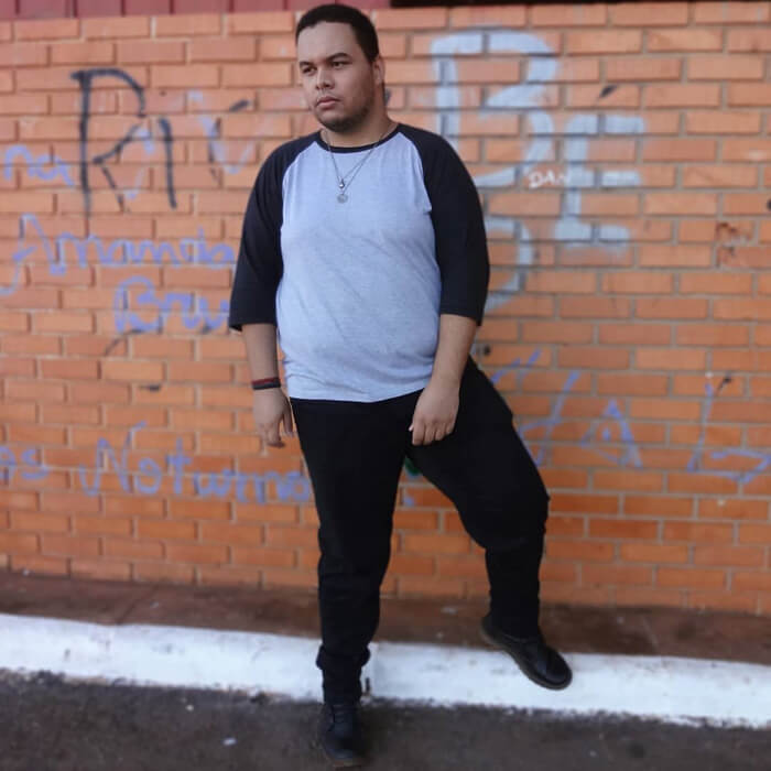 gordo-e-roupa-preta