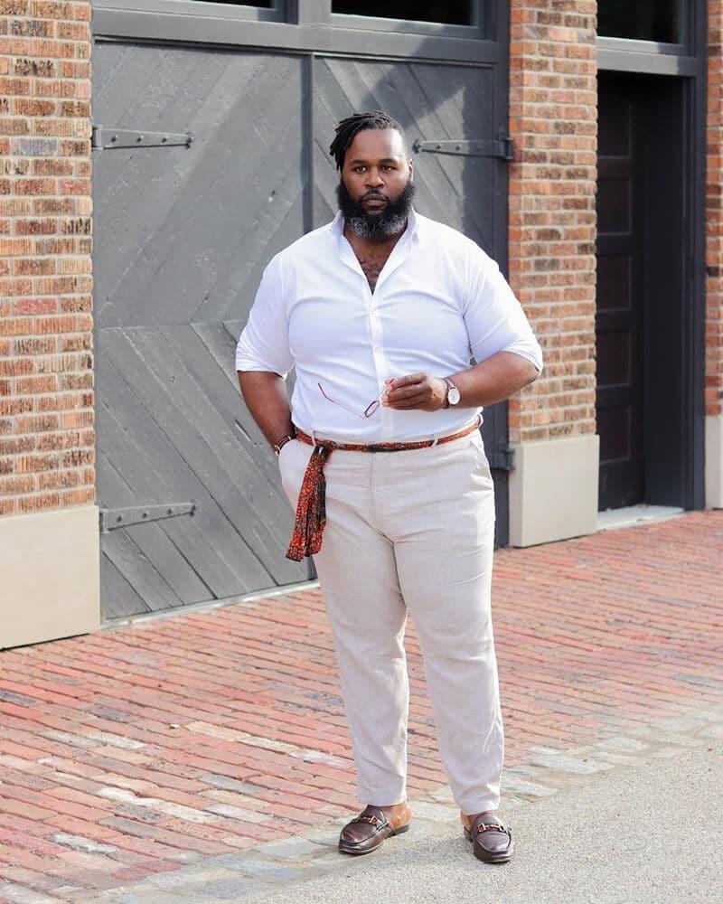 usar-camisa-dentro-da-calca-homem-gordo