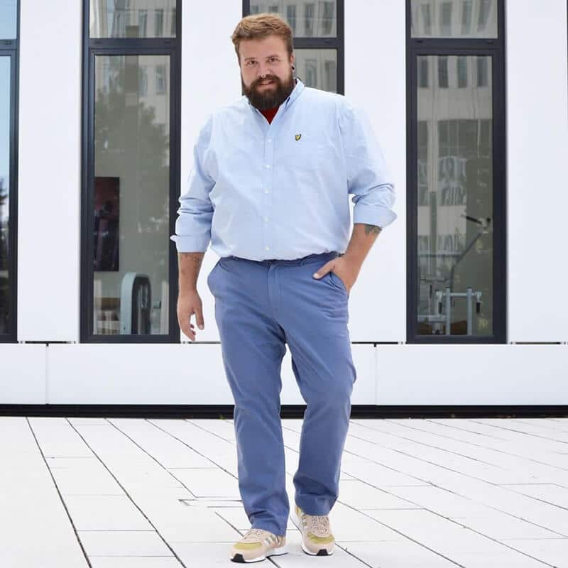 moda-plus-size-camisa-dentro-da-calca